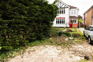 Coulsdon auction property developer008