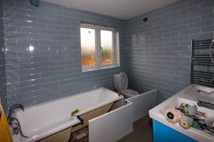 bathroom-tiling-003